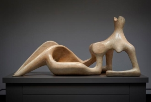 Henry Moore, Reclining Figure
